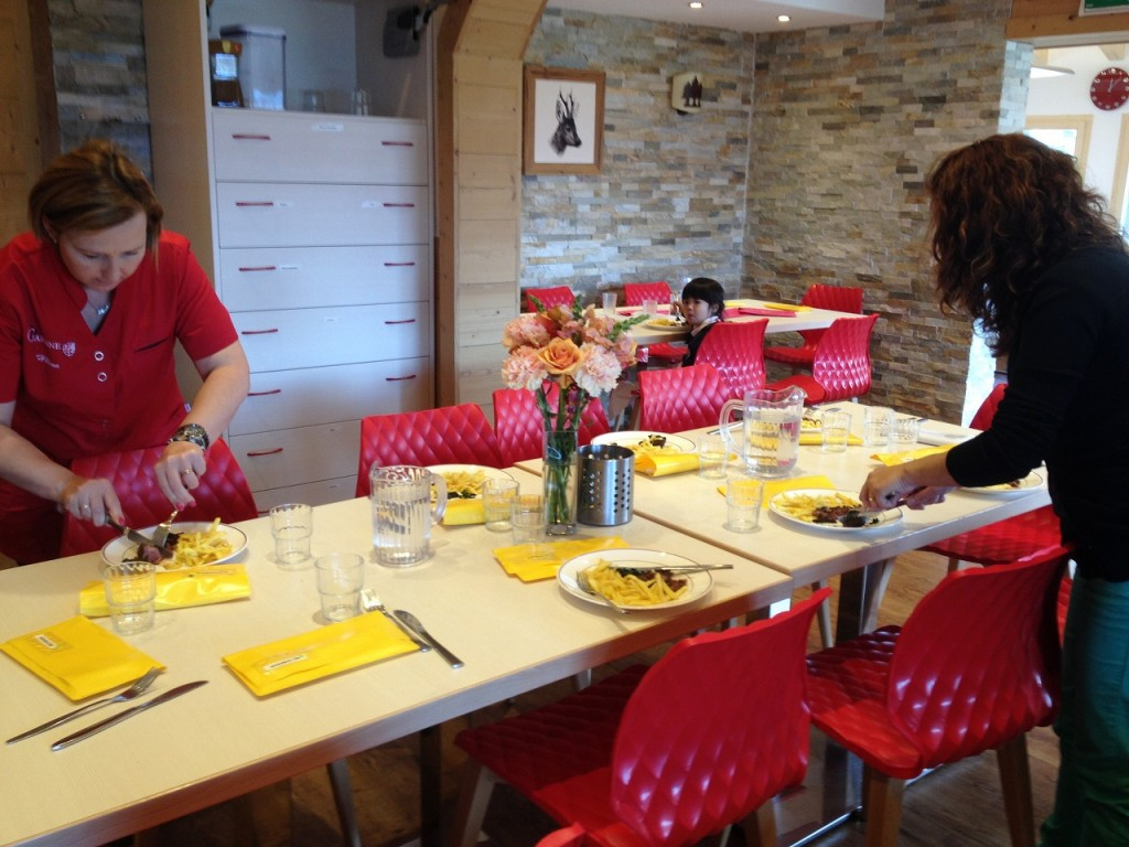 20150430_LaGarenne_School_Visit_Lunch