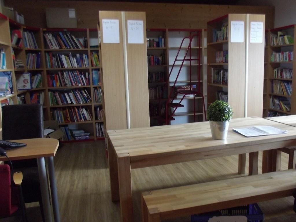 20150924_LaGarenne_Visit_Library