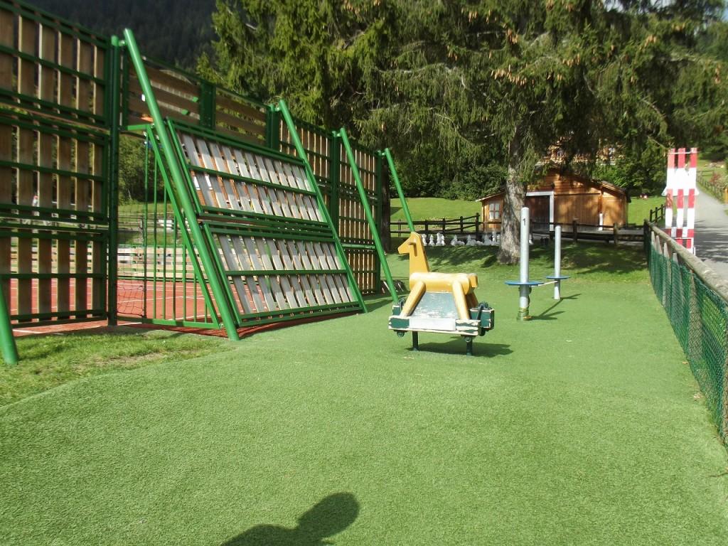 20150924_LaGarenne_Visit_Playground