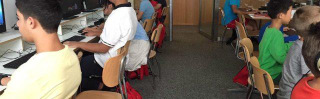 CDL校のサマースクールの英語の授業