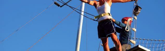 コレージュ・ドゥ・レマンで、空中ブランコに挑戦!