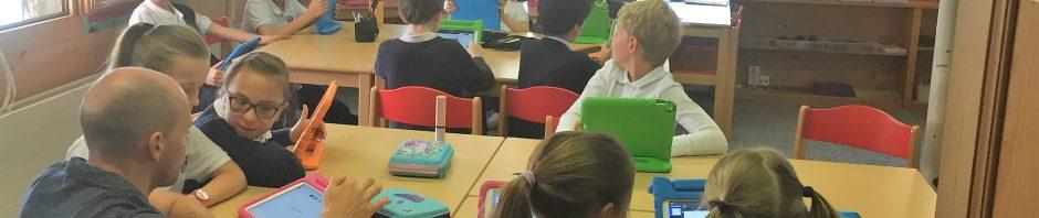 ジョン・F・ ケネディー校の施設紹介②-低学年児童の授業の様子-