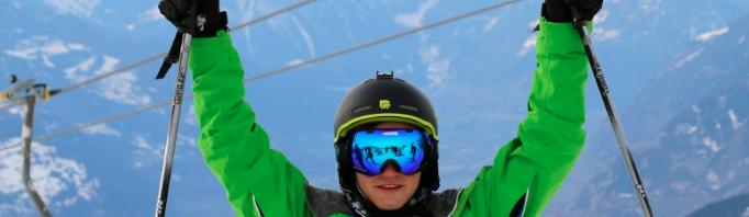 スキー経験者も上達できるウィンターキャンプ:インスティテュート・モンテ・ローザ
