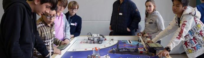 LEGOリーグロボティクストーナメントに参加:タシス・アメリカン・スクール