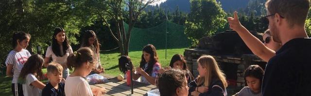 スイスのサマースクールに参加する利点:レ・ゼルフ・キャンプ専門校